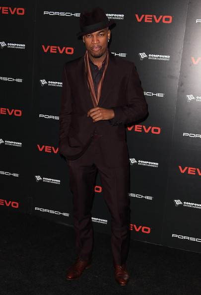 Ne-Yo Men's Suit