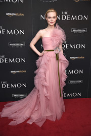 Elle Fanning went for full-on frills in a pink ruffle gown by Gucci for the New York premiere of 'The Neon Demon.'