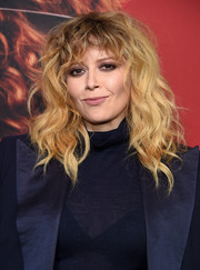 Natasha Lyonne rocked tousled waves and bangs at the premiere of 'Russian Doll' season 1.