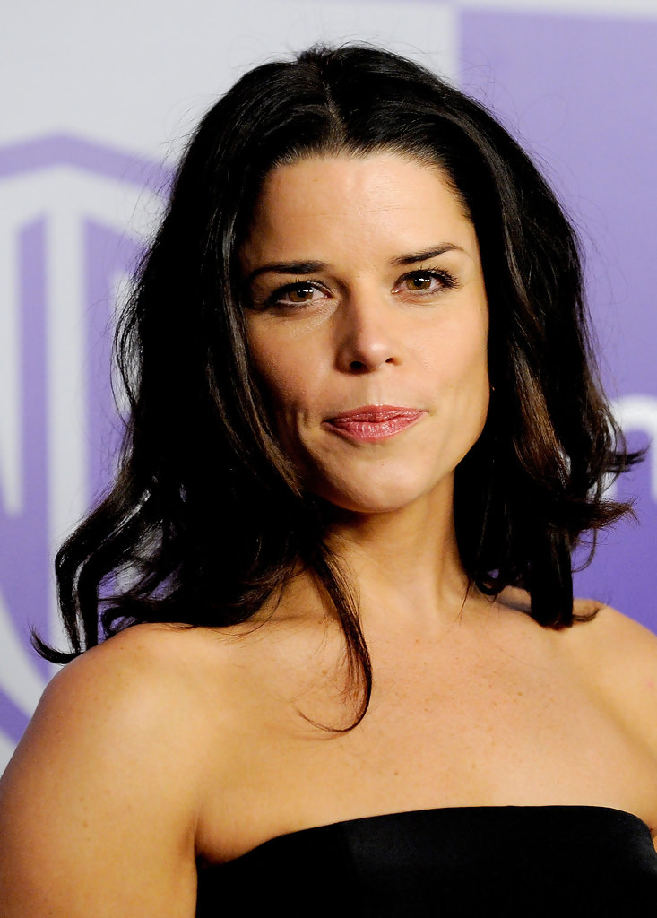 Neve Campbell Long Curls Neve Campbell Hair Looks