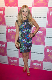 Sian Welby looked fun and flirty in this watercolor dress she wore to the New Magazine's 10th Anniversary party.