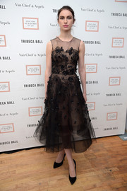 Tali Lennox donned a swoon-worthy flower-appliqued LBD for the Tribeca Ball.