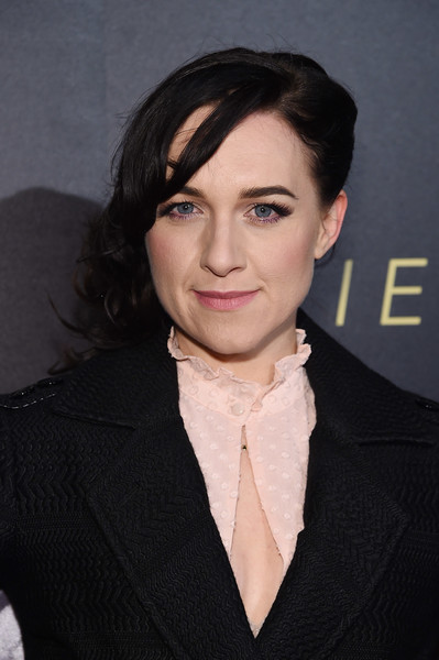 Lena Hall attended the New York premiere of 'The Alienist' wearing her hair in side-swept curls.