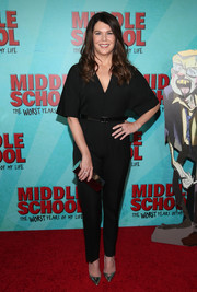 Lauren Graham jazzed up her plain black outfit with a pair of metallic pumps.