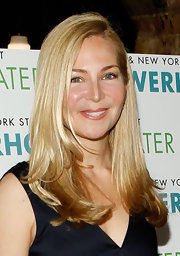 Jennifer Westfeldt opted for simple styling with this long side-parted 'do at the New York Stage and Film's 2012 season launch.