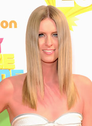 Nicky Hilton opted for a sleek hairstyle at the 2011 Kids' Choice Awards. A slick center part completed her look.