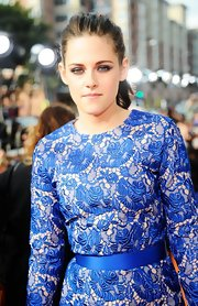 Kristen Stewart wore her hair in a simple casual ponytail for the 2012 Kids' Choice Awards.