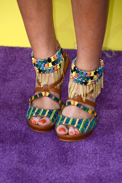 Madison Pettis chose these colorful, tribal-inspired strappy sandals for her look at the 2013 KCAs.