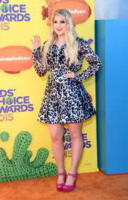Meghan Trainor went the wild route in a leopard-print blouse during the Kids' Choice Awards.