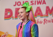 JoJo Siwa sported a rainbow-streaked ponytail during an event announcing her D.R.E.A.M. Tour.