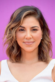 Liz Hernandez sported summer-chic shoulder-length waves at the 2017 Nickelodeon Kids' Choice Sports Awards.