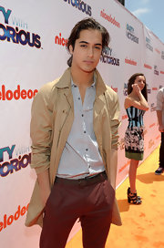 Avan Jogia looked pretty sexy in a suave trenchcoat at the 'iParty With Victorious' premiere.