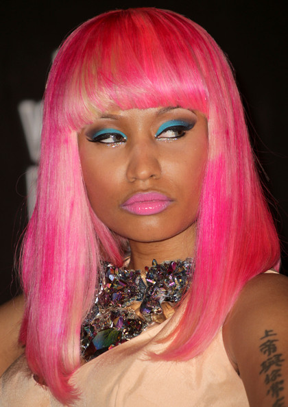 Nicki Minaj Bright Eyeshadow