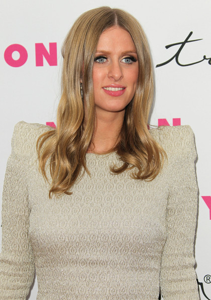 Long Center Part Hairstyles, Long Hairstyle 2011, Hairstyle 2011, New Long Hairstyle 2011, Celebrity Long Hairstyles 2174