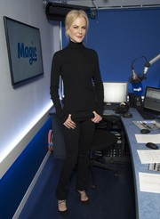 Nicole Kidman was casual and classic in a ribbed black turtleneck while visiting Magic FM.