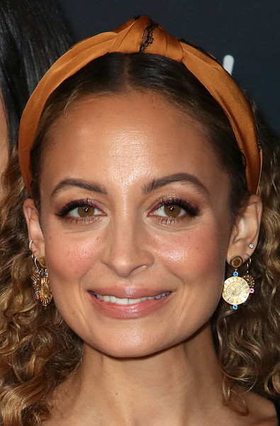 Nicole Richie Gold Dangle Earrings [hair,face,eyebrow,hairstyle,forehead,lip,chin,nose,head,beauty,working sundays series,nicole richie,nowwith,honey minx collection reveal,partnership,collection,spring place,beverly hills,california,yahoo lifestyle in partnership with working sundays series]
