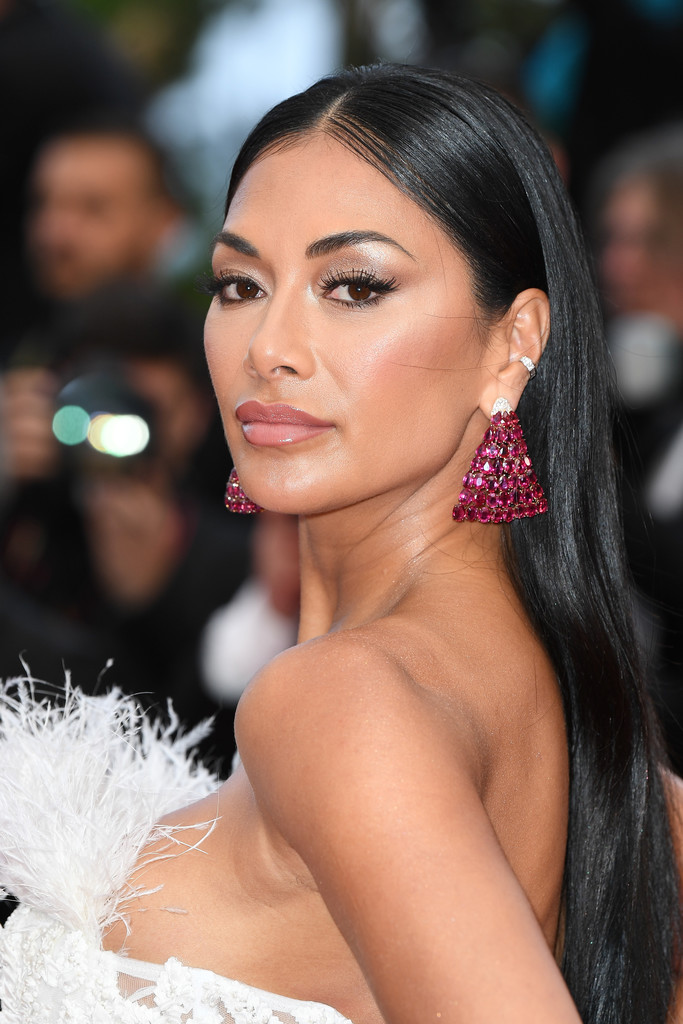 Nicole Scherzinger Long Straight Cut Hair Lookbook