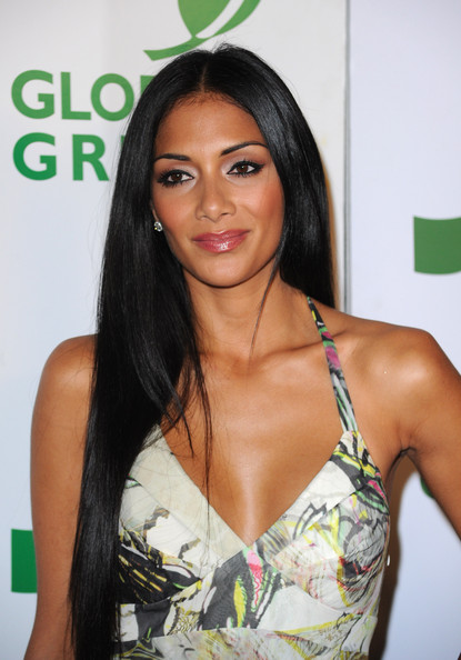 Long Center Part Hairstyles, Long Hairstyle 2011, Hairstyle 2011, New Long Hairstyle 2011, Celebrity Long Hairstyles 2318