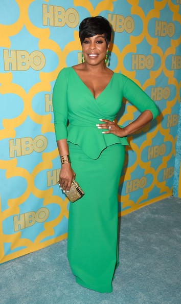 Niecy Nash Evening Dress [clothing,green,dress,turquoise,yellow,shoulder,cocktail dress,neck,day dress,flooring,arrivals,niecy nash,california,los angeles,circa 55 restaurant,hbo,party,golden globe awards,golden globe awards party]
