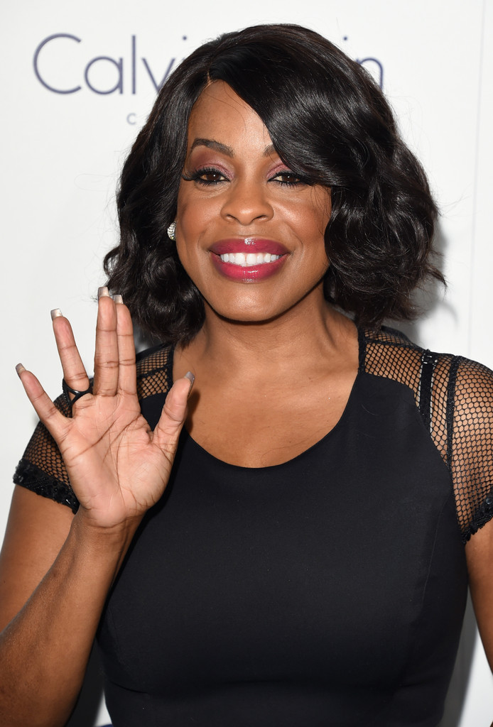 Niecy Nash Curled Out Bob Short Hairstyles Lookbook