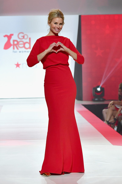 Niki Taylor Evening Dress [fashion model,clothing,dress,fashion,gown,fashion show,red,shoulder,haute couture,formal wear,niki taylor,runway,runway,hammerstein ballroom,new york city,american heart associations go red for women red dress collection,macys,american heart associations go red for women red dress collection 2018]