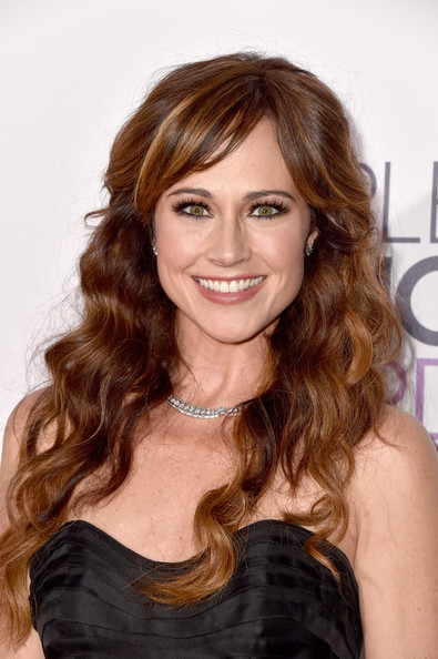 Nikki Deloach Long Wavy Cut with Bangs