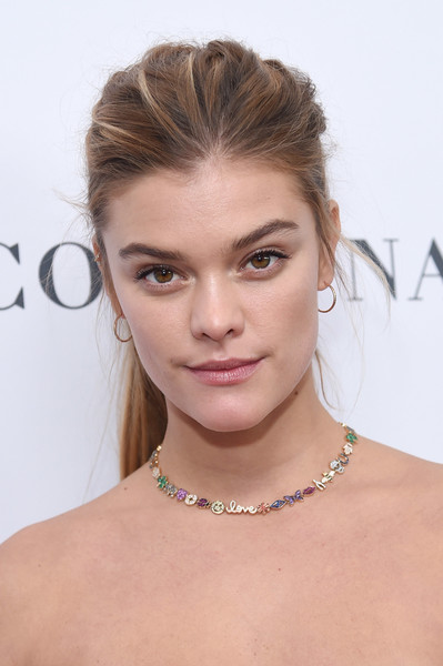 Nina Agdal Gemstone Collar Necklace [hair,face,hairstyle,eyebrow,shoulder,skin,lip,beauty,chin,blond,arrivals,women of the year awards,nina agdal,brooklyn,new york,kings theatre,glamour,glamour celebrates 2017 women of the year awards]