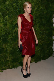 We loved Tory's burnout velvet wrap dress she wore to the CFDA Fashion Fund Awards.