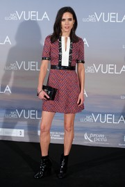 Jennifer Connelly went for a youthful, retro vibe with this leather-trimmed, micro-print mini by Louis Vuitton during the 'No Llores, Vuela' premiere.
