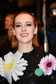 Jena Malone's eyes couldn't be missed thanks to her fluttery false lashes.