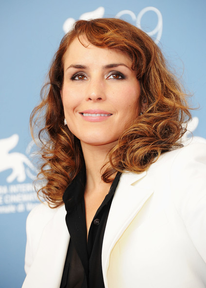 Noomi Rapace Medium Curls with Bangs