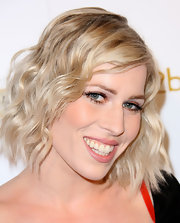 Natasha Bedingfield wore her cute cut in lots of casual curls at 'OK!' magazine's pre-Grammy event.