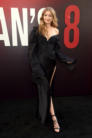 Gigi Hadid was sexy-goth in a black Vera Wang corset gown with oversized sleeves and a high side slit at the world premiere of 'Ocean's 8.'