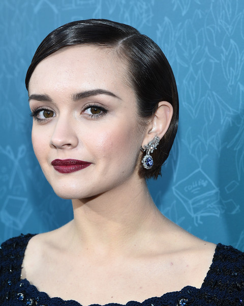 Olivia Cooke Berry Lipstick [me and earl and the dying girl,red carpet,eyebrow,beauty,chin,hairstyle,jewellery,forehead,fashion model,cheek,fashion,eyelash,olivia cooke,harmony gold theatre,california,los angeles,fox searchlight pictures,premiere,premiere]