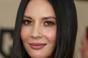 Olivia Munn Long Straight Cut