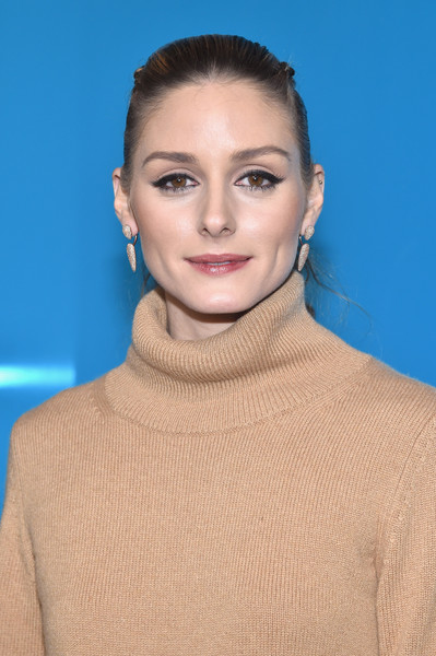Olivia Palermo Ponytail [hair,face,lip,eyebrow,hairstyle,neck,skin,beauty,cheek,fashion,valentino,olivia palermo,front row,part,paris,france,paris fashion week womenswear fall,show]