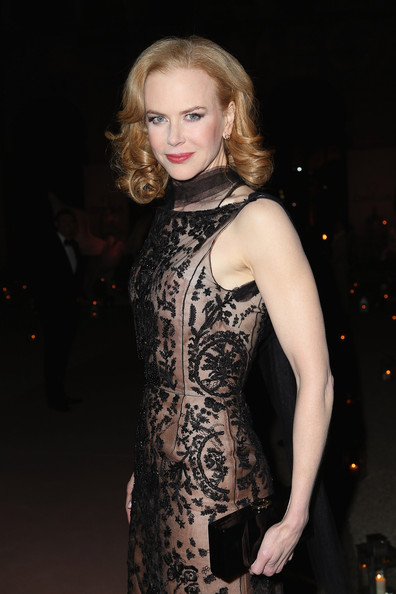 More Pics of Nicole Kidman Evening Dress (1 of 11) - Nicole Kidman Lookbook - StyleBistro