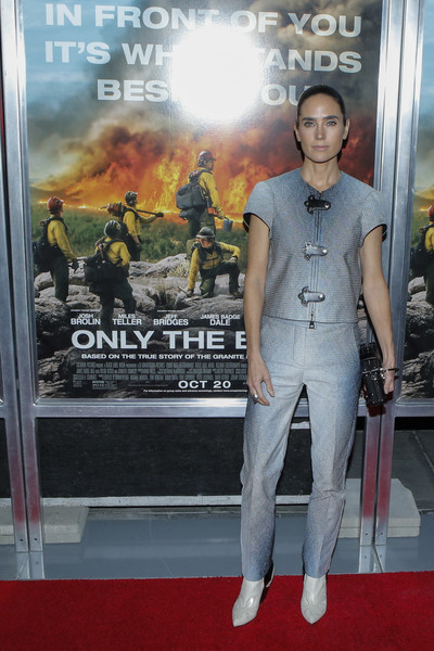 Jennifer Connelly opted for a short-sleeve ombre gray pantsuit by Louis Vuitton when she attended the New York screening of 'Only the Brave.'
