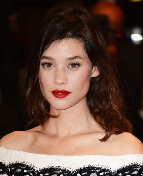 More Pics of Astrid Berges Frisbey Red Lipstick (3 of 14) - Astrid Berges Frisbey Lookbook - StyleBistro