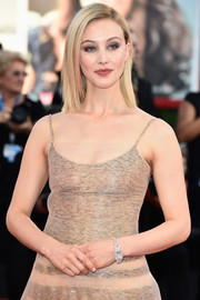 Sarah Gadon attended the Venice Film Festival opening ceremony wearing a stunning Jaeger-LeCoultre diamond watch.