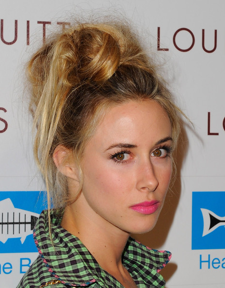 More Pics of Gillian Zinser Printed Purse (1 of 18) - Gillian Zinser Lookbook - StyleBistro