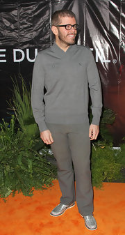 Perez Hilton was in the mood for gray during Cirque du Soleil's 'Ovo,' from his V-neck sweater all the way down to his loafers.
