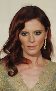 Emilia Fox wore touches of metallic gold glitter eyeshadow at the 2012 Orange British Academy Film Awards.