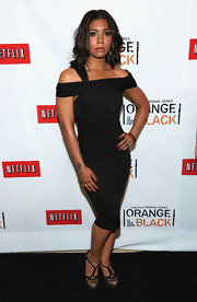 Jessica Pimentel wore a slinky LBD that featured off-the-shoulder straps.