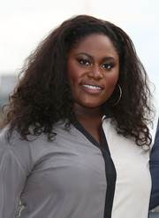 Danielle Brooks wore her hair loose with high-volume curls when she attended the 'Orange is the New Black' photocall.