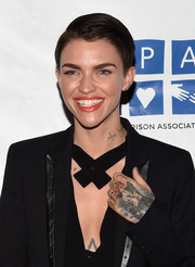Ruby Rose kept it simple with this short side-parted 'do at the 'Orange is the New Black' season 3 screening.