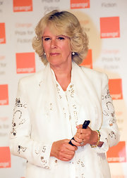 Camilla showed off her layered bob while hitting an Award ceremony.