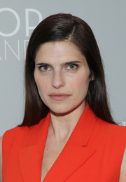 Lake Bell sported a simple straight 'do when she attended the 'Dior and I' premiere.