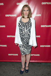 Anna Chlumsky paired a white cardigan over her printed frock for a slightly casual look at the opening night of 'Orphans.'