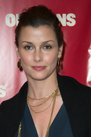 Bridget Moynahan looked totally elegant with a slightly teased, pinned updo.